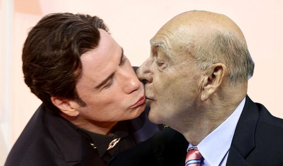 Travolta kissing